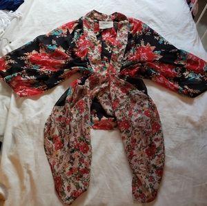 Moonrise California Xs flower kimono